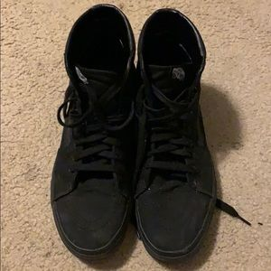 Vans Mid-Top Sneakers